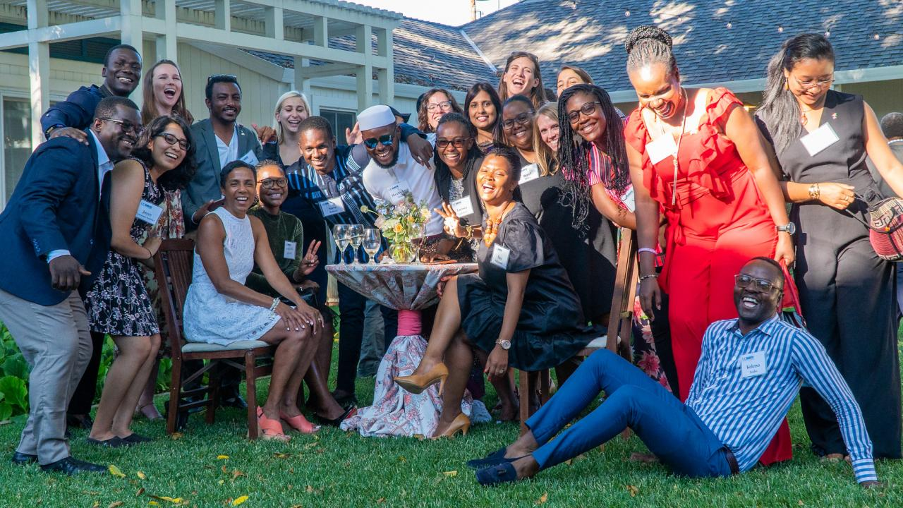 Students with Mandela Fellows