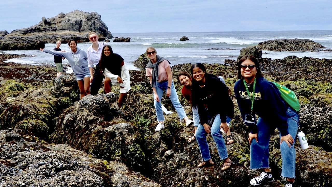 Students at coast of Oregon
