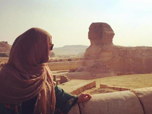 Araiba Khan at the Great Sphinx of Giza